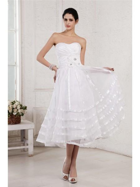 A-Line/Princess Strapless Sleeveless Hand-Made Flower Pleats Short Organza Taffeta Wedding Dresses