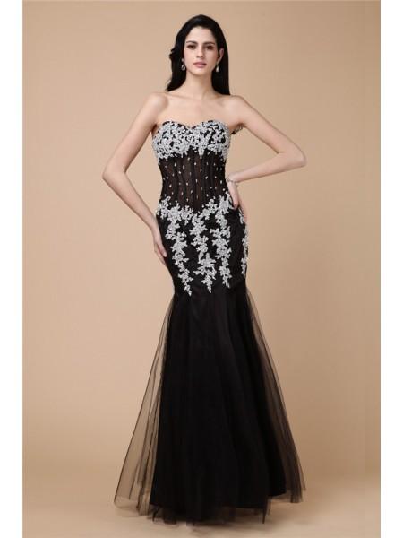 Trumpet/Mermaid Sweetheart Sleeveless Beading Applique Long Net Satin Dresses