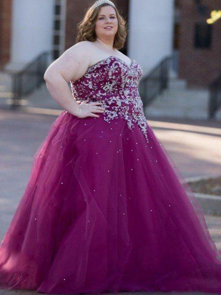 Ball Gown Sweetheart Sleeveless Beading Floor-Length Tulle Plus Size Dresses