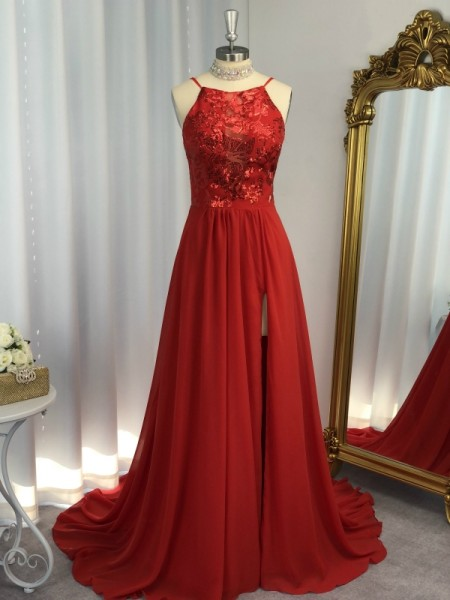 A-Line/Princess Sleeveless Halter Chiffon Applique Sweep/Brush Train Dresses
