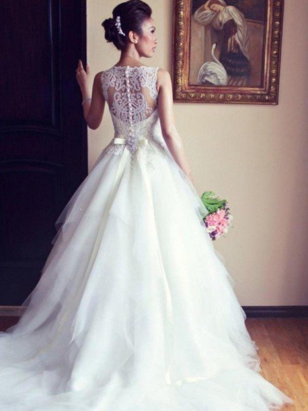 A-Line/Princess Sleeveless Scoop Chapel Train Sash/Ribbon/Belt Beading Applique Lace Tulle Wedding Dresses