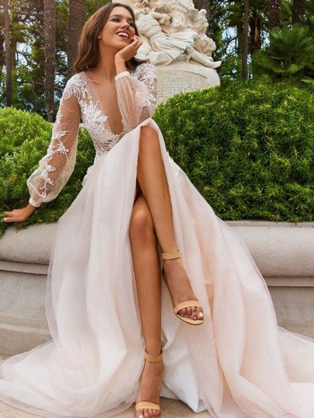 A-Line/Princess Long Sleeves Applique Tulle V-neck Sweep/Brush Train Wedding Dresses