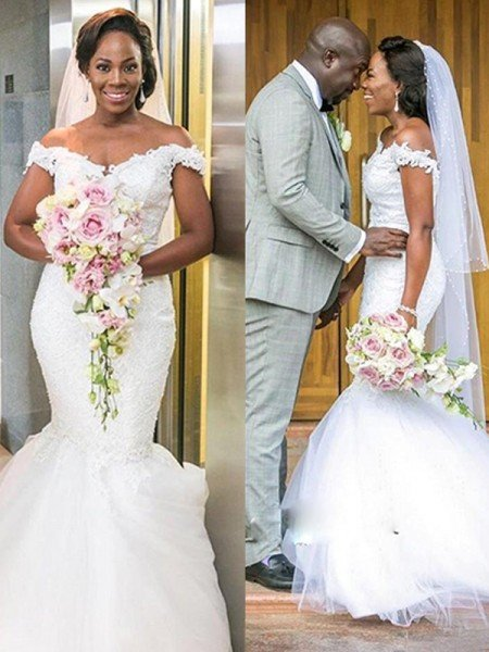 Trumpet/Mermaid Tulle Off-the-Shoulder Applique Sleeveless Sweep/Brush Train Wedding Dresses