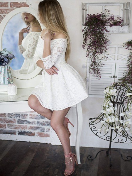 A-Line/Princess Ruffles Off-the-Shoulder Lace 3/4 Sleeves Short/Mini Dresses