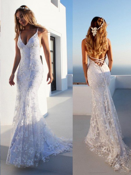 Trumpet/Mermaid Spaghetti Straps Sleeveless Lace Court Train Wedding Dresses