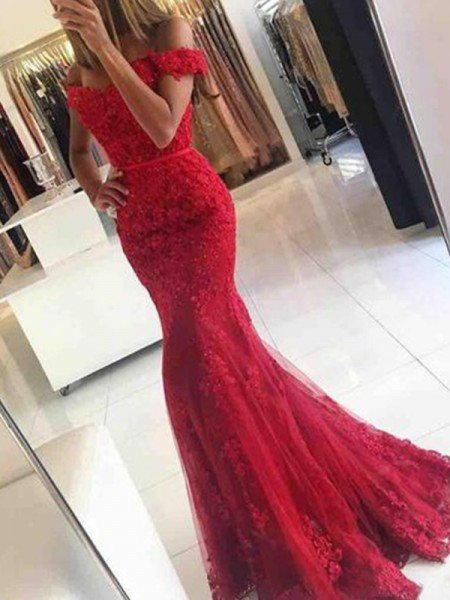 Trumpet/Mermaid Sleeveless Off-the-Shoulder Sweep/Brush Train Tulle Applique Dresses
