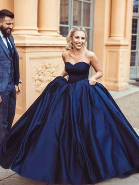 Ball Gown Sleeveless Sweetheart Sweep/Brush Train Ruffles Satin Dresses