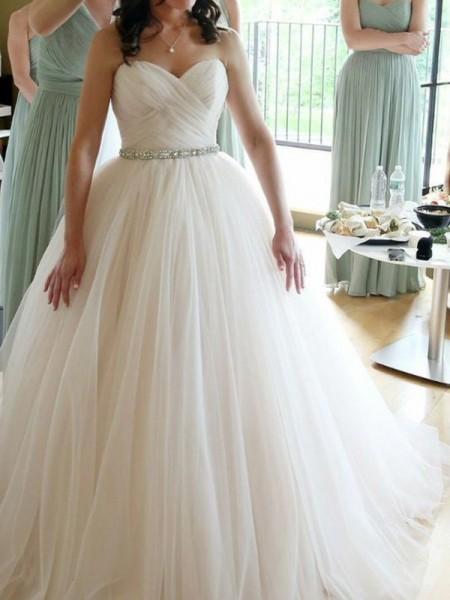 Ball Gown Sweetheart Sleeveless Floor-Length Beading Tulle Wedding Dresses