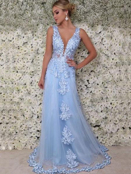 A-Line/Princess Sleeveless V-neck Floor-Length Applique Tulle Dresses