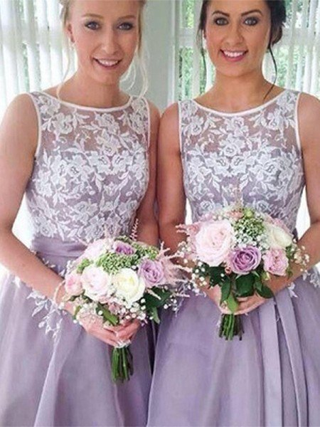 A-Line/Princess Sleeveless Sheer Neck Knee-Length Applique Organza Bridesmaid Dresses