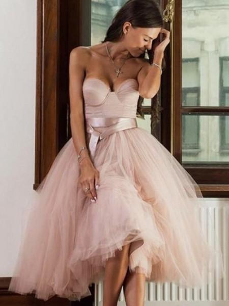 A-Line/Princess Tulle Sash/Ribbon/Belt Sweetheart Sleeveless Tea-Length Homecoming Dresses