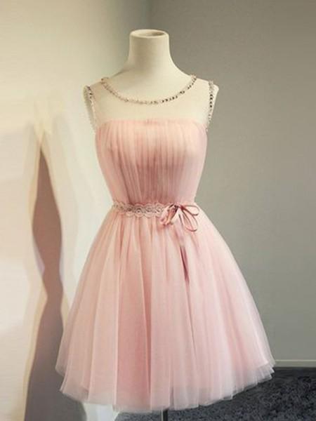 A-Line/Princess Tulle Beading Scoop Sleeveless Short/Mini Homecoming Dresses