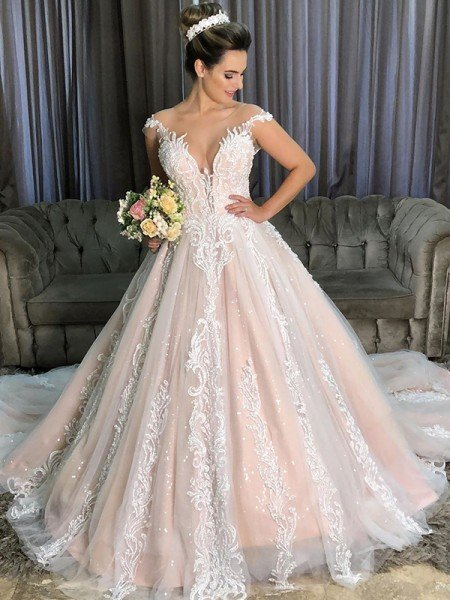 Ball Gown Applique Tulle Scoop Sleeveless Court Train Wedding Dresses