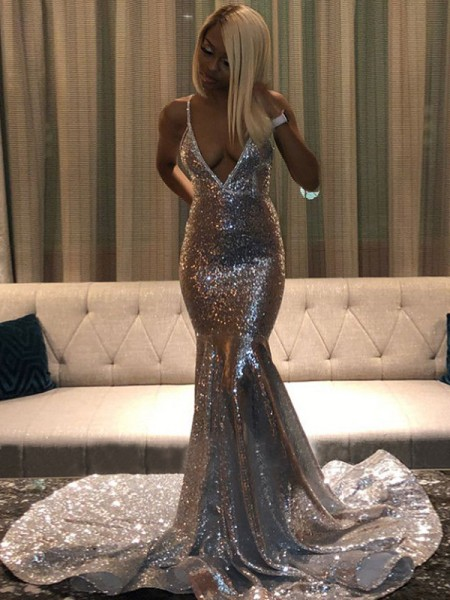 Trumpet/Mermaid Court Train V-neck Sleeveless Sequins Dresses