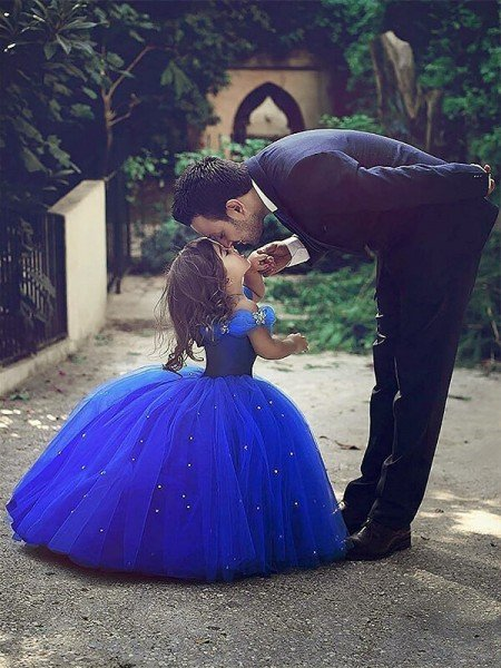 Ball Gown Off-the-Shoulder Sleeveless Crystal Floor-Length Tulle Flower Girl Dresses