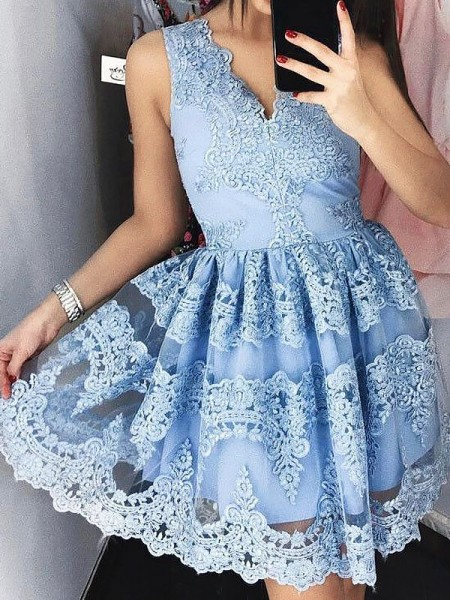 A-Line/Princess V-neck Sleeveless Short/Mini Lace Dresses