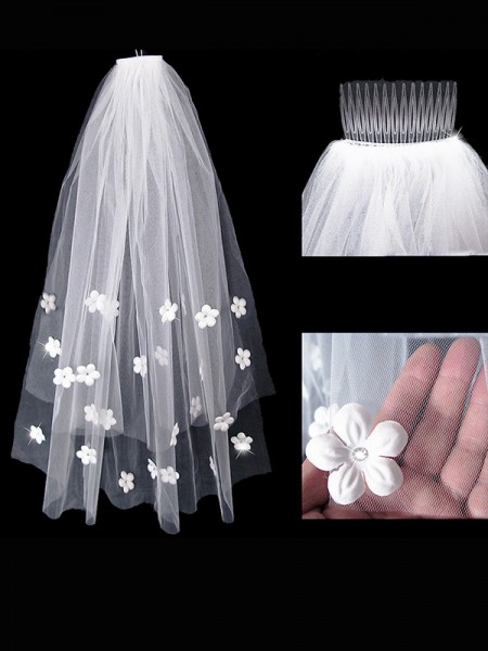 Graceful Tulle Wedding Veils