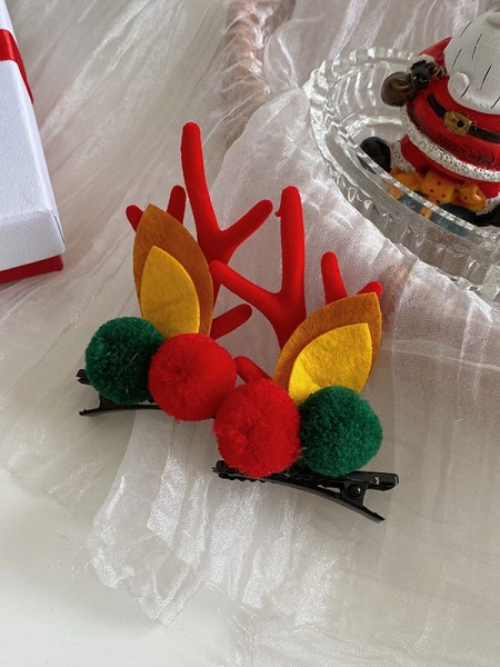 Christmas Lovely Cloth With Antler Hairpins(2 Pieces)