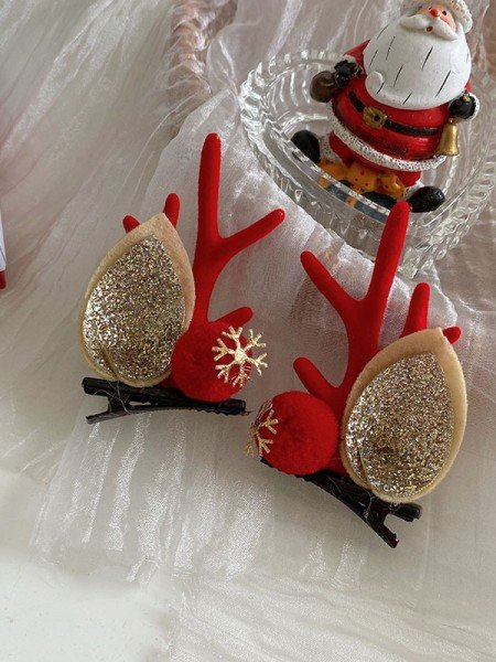 Christmas Attractive Cloth With Antler Hairpins(2 Pieces)