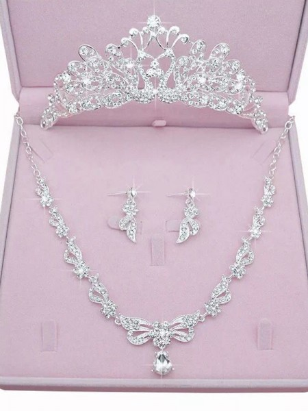 Attractive Alloy With Rhinestone Jewelry Sets For Women
