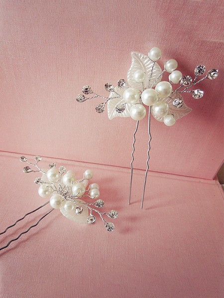 Very Elegant Pearl Headpieces