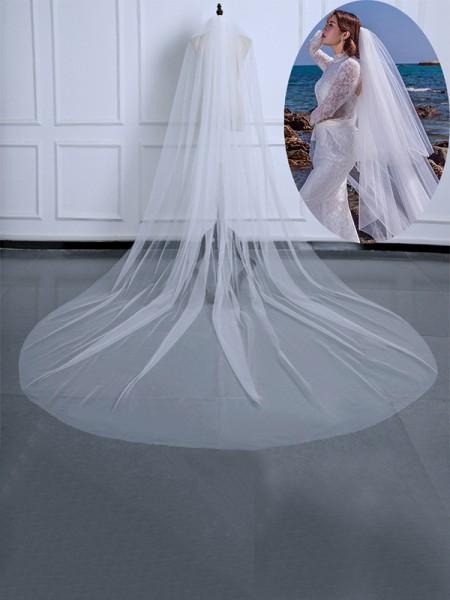 Pretty Tulle Long Wedding Veils