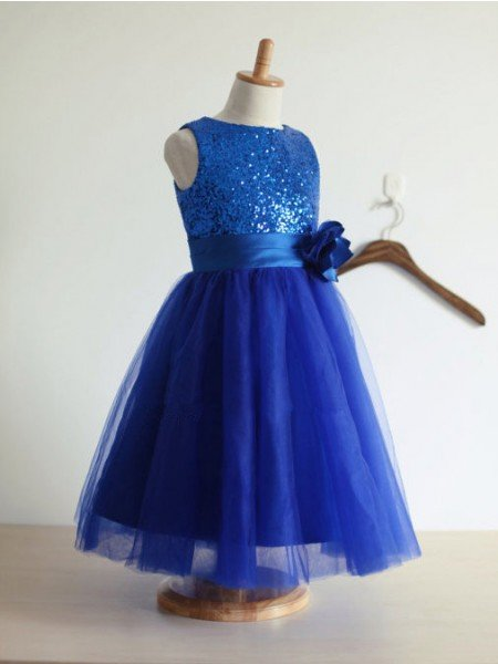 A-line/Princess Jewel Sleeveless Hand-Made Flower Tulle Long Dresses