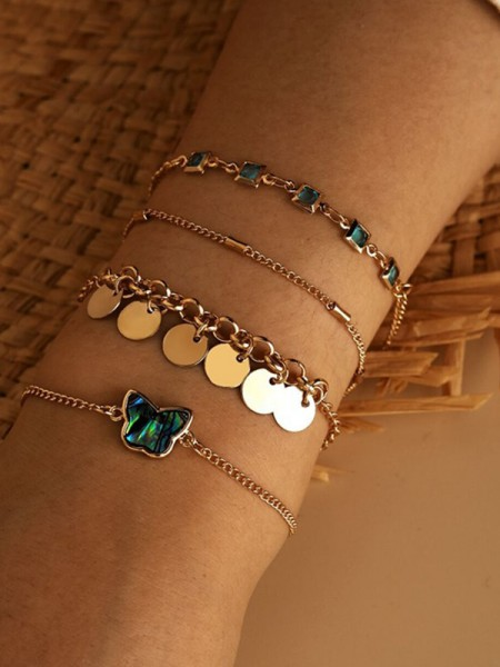 Nice Alloy With Rhinestone Bracelets(4 Pieces)