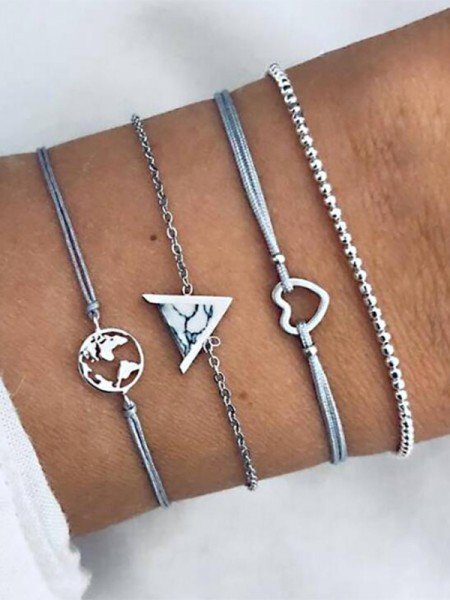 Nice Alloy With Heart Bracelets(4 Pieces)