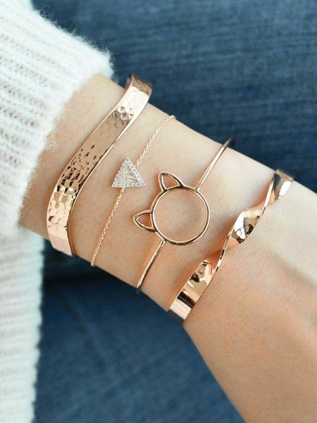Shinning Alloy With Rhinestone Bracelets(4 Pieces)
