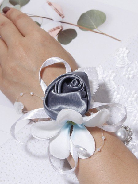 Pretty Cloth Wrist Corsage