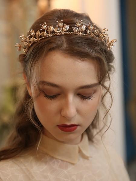Fashion Alloy With Flower Tiaras Headpieces