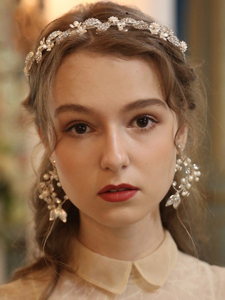 Exquisite Alloy With Pearl Tiaras Headpieces