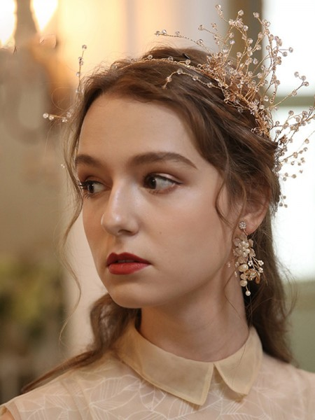 Delicate With Flower Alloy Tiaras Headpieces